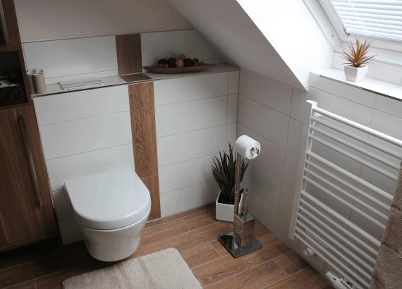 Badezimmer in Naturtönen